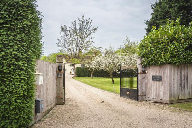 Thumbnail Country house for sale in High Easter Road, Barnston, Dunmow