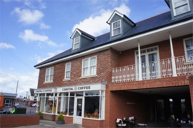 2 bed flat to rent in 1D Yorick Road, West Mersea CO5