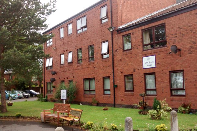 Thumbnail Room to rent in Ellerbrook House, County Road, Ormskirk