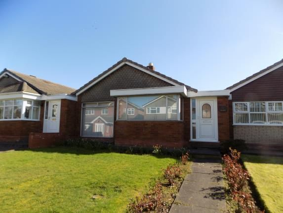 Thumbnail Bungalow for sale in Heygate Way, Walsall, West Midlands