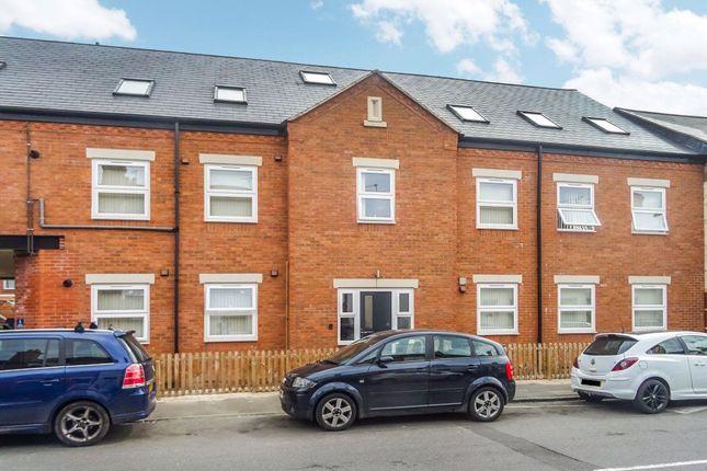 Flat to rent in Rayan Court, Cambridge Street, Hillfields