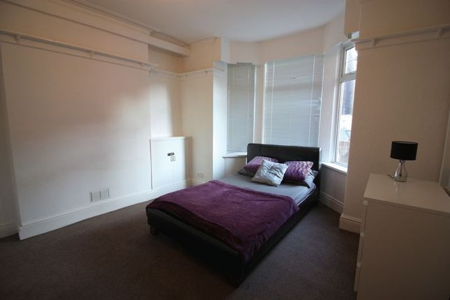 Thumbnail Room to rent in Corporation Street, Mansfield