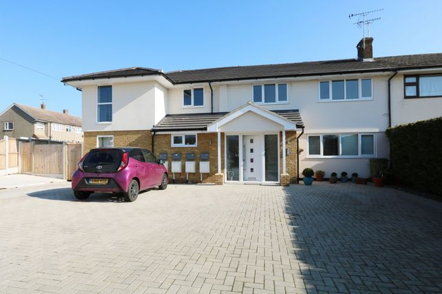 1 bed flat to rent in Trinity Road, Billericay CM11