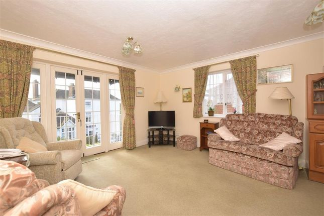 Thumbnail Flat for sale in Sussex Road, Petersfield, Hampshire