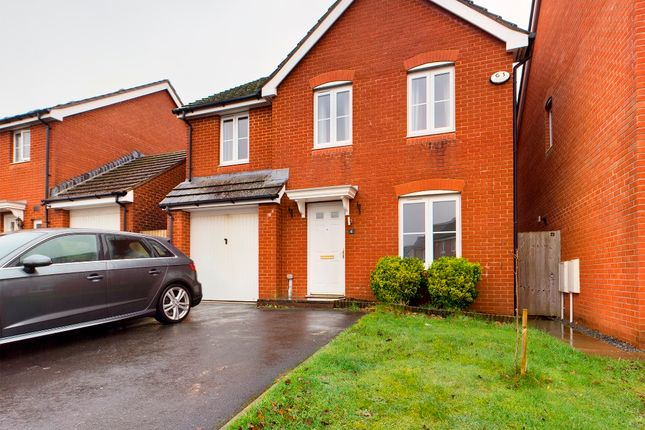 4 bed detached house to rent in Dol Y Dderwen, Swansea SA18
