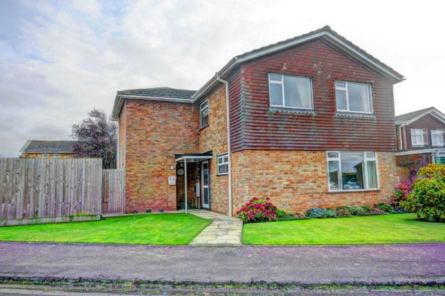 Thumbnail Detached house for sale in Cleavers, Chinnor