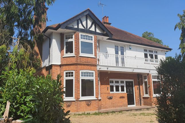 Thumbnail Detached house to rent in Bulstrode Way, Gerrards Cross