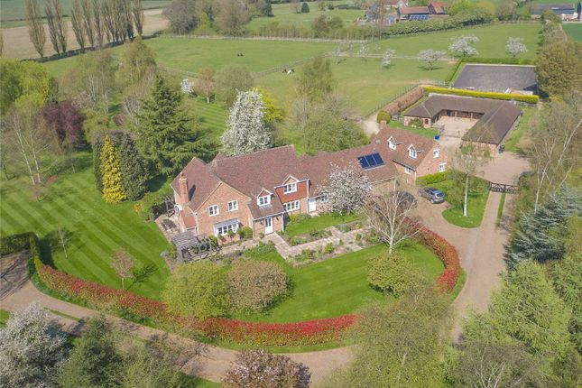 Thumbnail Detached house for sale in Mackerye End, Harpenden, Herts