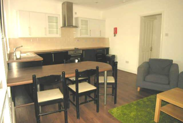 Thumbnail Flat to rent in Crwys Road Cathays, Cardiff