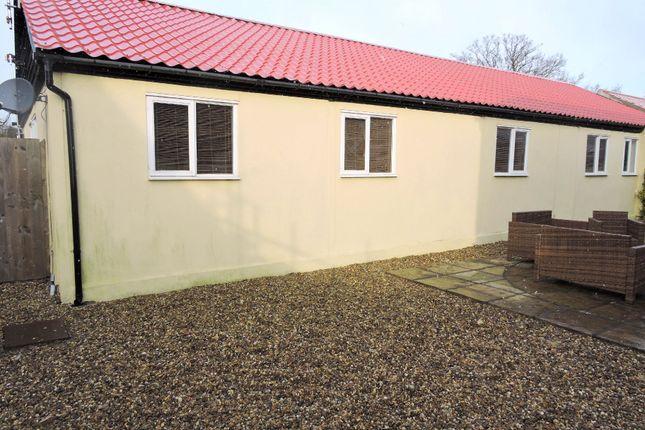 Thumbnail Barn conversion to rent in Daw Street Farm, Daw Street, Finchingfield