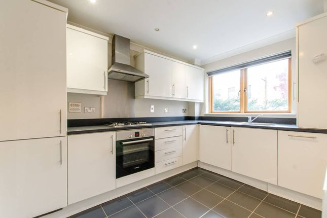 Thumbnail Terraced house to rent in Lefevre Walk, Bow