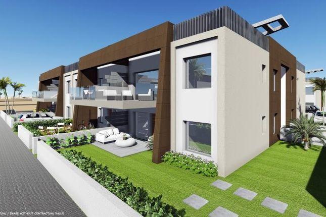 3 bed bungalow for sale in Torre Horadada, Alicante, Spain
