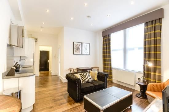 Thumbnail Flat to rent in Ludgate Square, London