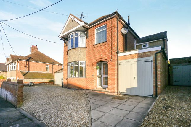 Thumbnail Detached house for sale in York Road, Higham Ferrers, Rushden