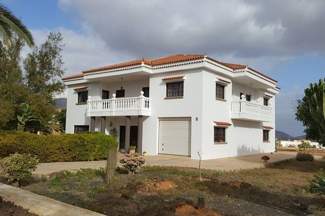 Thumbnail Detached house for sale in Triquivijate, Fuerteventura, Canary Islands, Spain