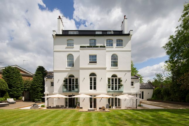 Thumbnail Detached house to rent in St. Johns Wood Park, London