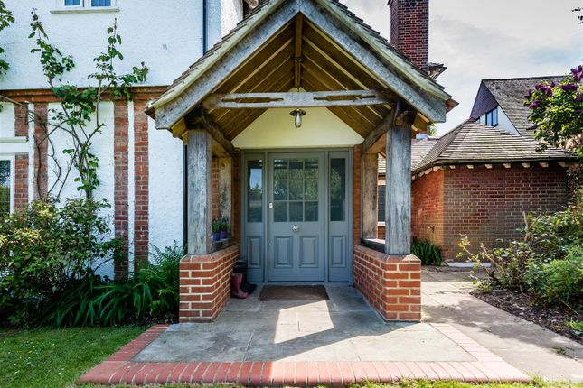 Property for sale in Russell Close, Walton On The Hill, Tadworth