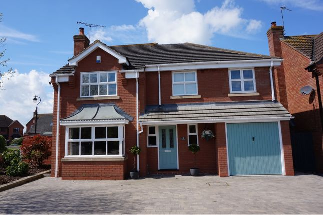 Thumbnail Detached house for sale in Simpkins Close, Leamington Spa