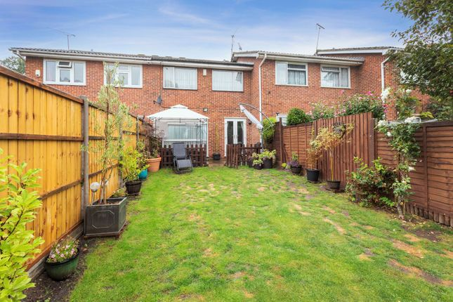 Thumbnail Terraced house for sale in Cornwell Road, Old Windsor