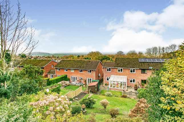 Thumbnail Semi-detached house for sale in Yeatmans Close, Shaftesbury
