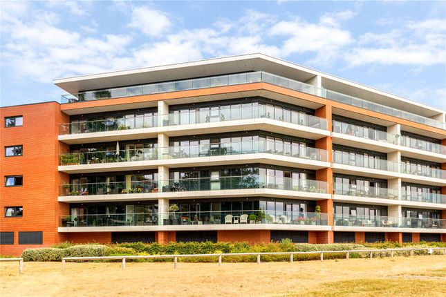 Thumbnail Flat for sale in Chatham House, Racecourse Road, Newbury, Berkshire