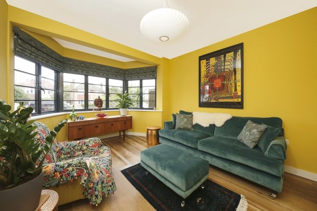 Living Room of Upwood Road, London SE12