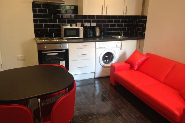 Thumbnail Shared accommodation to rent in Barff Road, University Of Salford, Salford