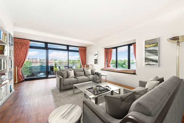 Thumbnail Flat for sale in Thameswalk Apartments, Hester Road, London