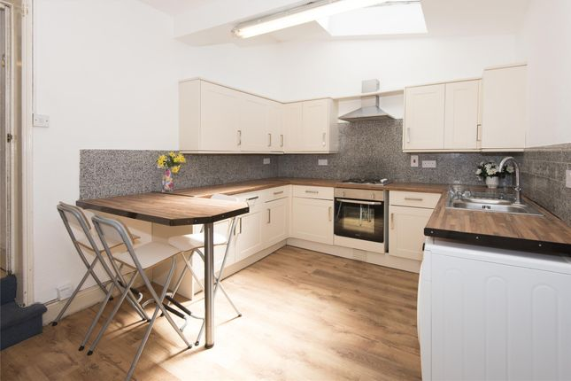 Thumbnail Property to rent in Chelsea Road, Bath