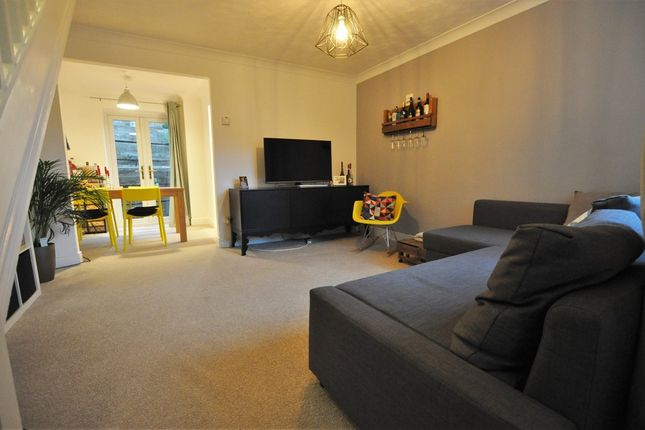 Thumbnail End terrace house to rent in Bentley Close, Bishop's Stortford