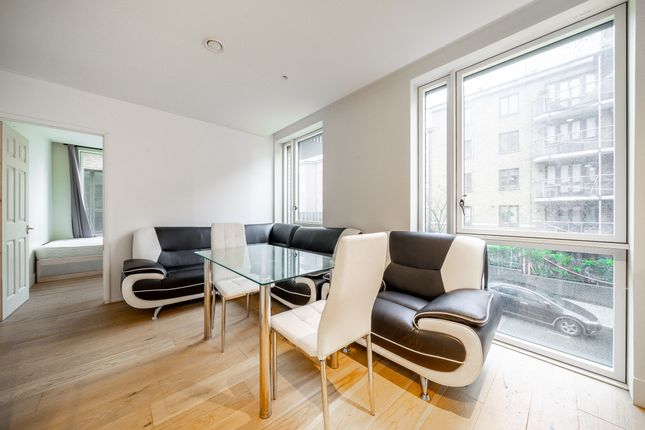 Thumbnail Flat to rent in West Row, London