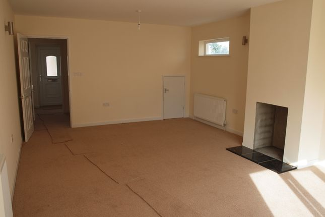 Thumbnail Detached house to rent in Goldcroft, Yeovil