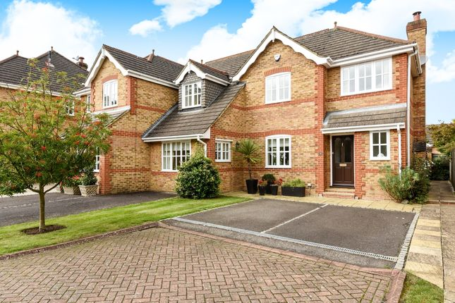 Thumbnail Terraced house to rent in Guards Court, Sunningdale, Ascot