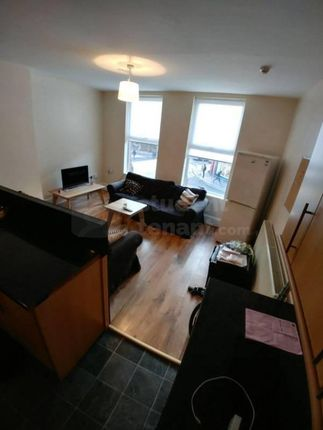 Thumbnail Shared accommodation to rent in Smithdown Road, Liverpool, Merseyside