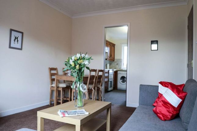 Thumbnail Flat to rent in Miller Street, Wishaw, North Lanarkshire