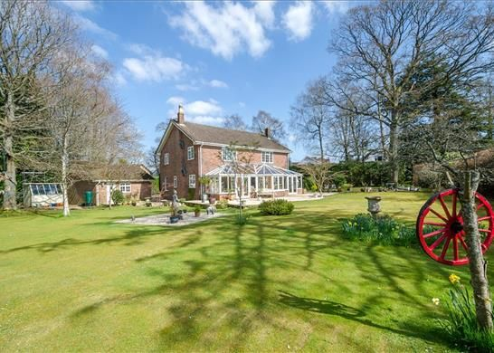 Thumbnail Detached house for sale in Manor Way, North Somerset, Bristol