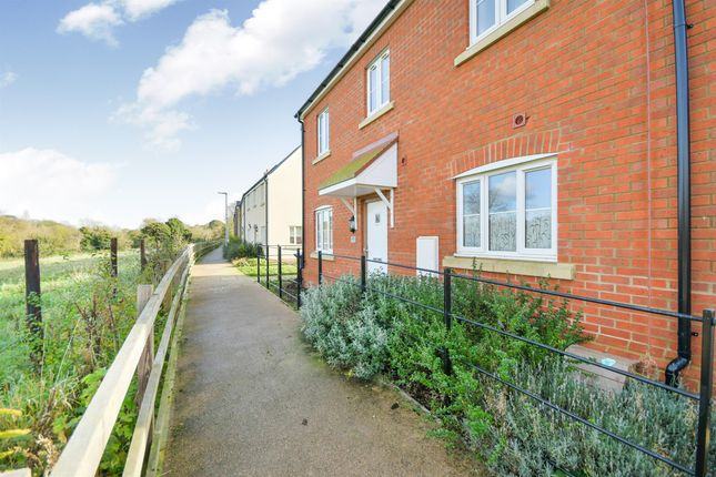 Thumbnail Semi-detached house for sale in Bowood View, Calne