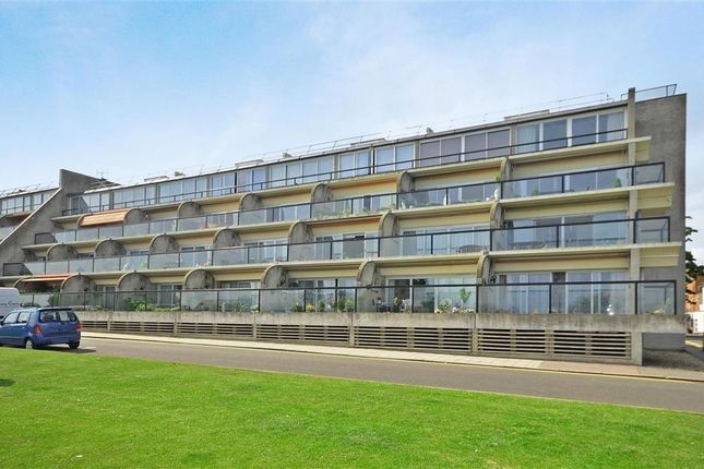 Thumbnail Flat to rent in The Leas, Folkestone