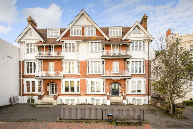Thumbnail Flat for sale in Mount Ephraim, Tunbridge Wells