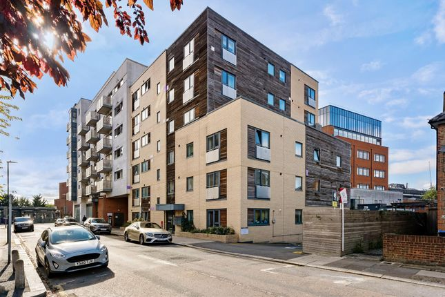 1 bed flat for sale in Stanley Road, London SW19