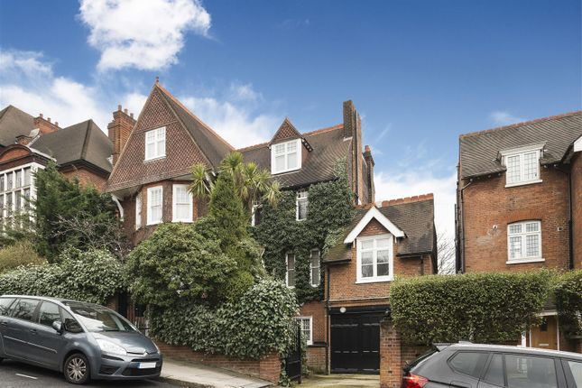 Thumbnail Property for sale in Netherhall Gardens, Hampstead