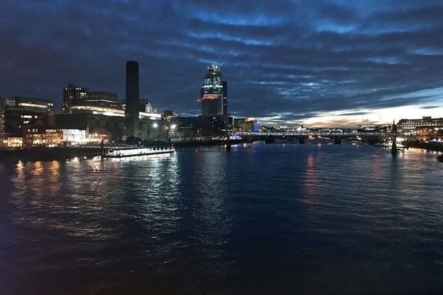 Thumbnail Flat for sale in Blackfriars Road, London
