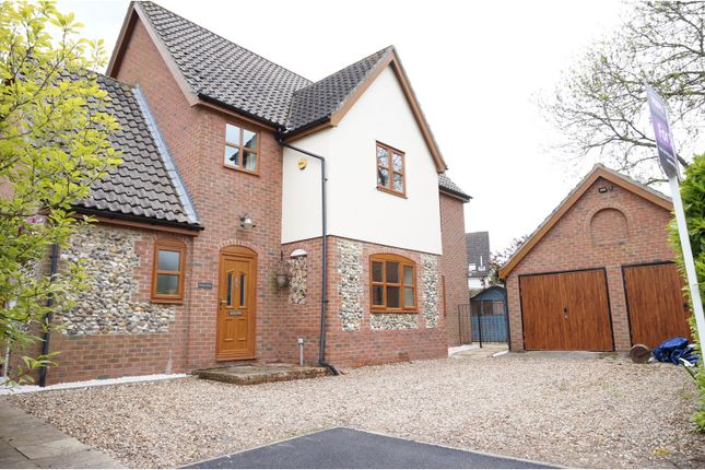 Thumbnail Detached house for sale in Churchway, Redgrave