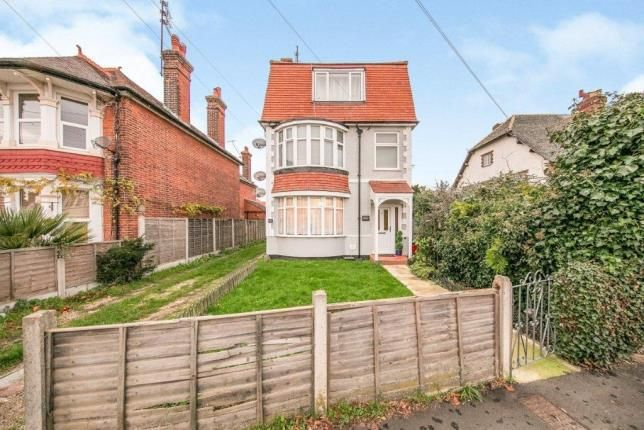 Flat for sale in Albany Chase, Holland Road, Clacton-On-Sea
