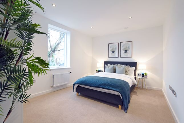 1 bedroom flat for sale in 15 Blossom House, 5 Reservoir Way, London