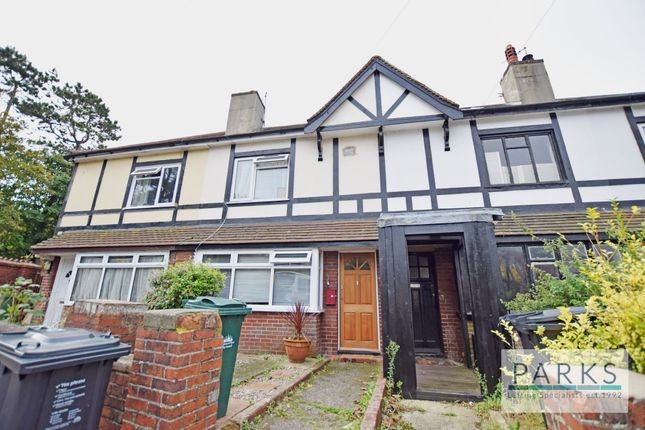2 bed end terrace house to rent in Coombe Road, Brighton BN2