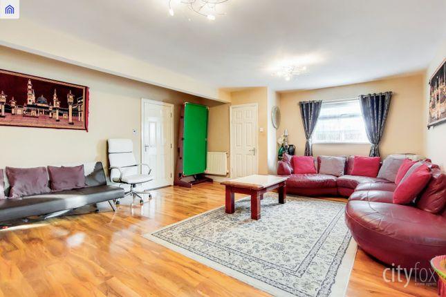Living Room of Manor Road, Chadwell Heath RM6