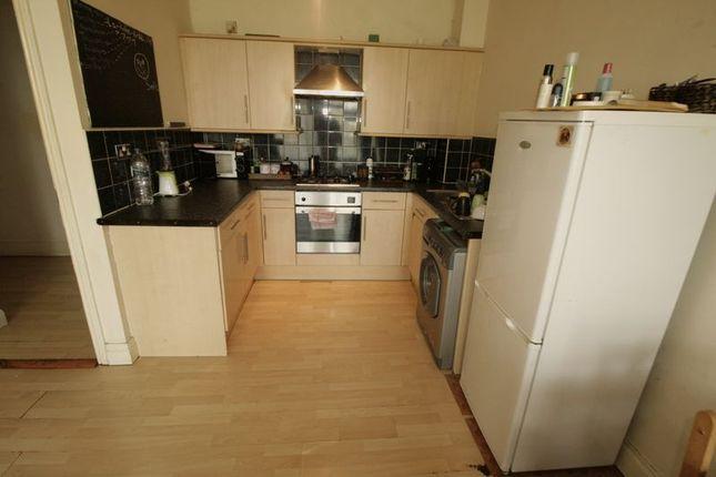 Thumbnail Flat to rent in High Road Leyton, London