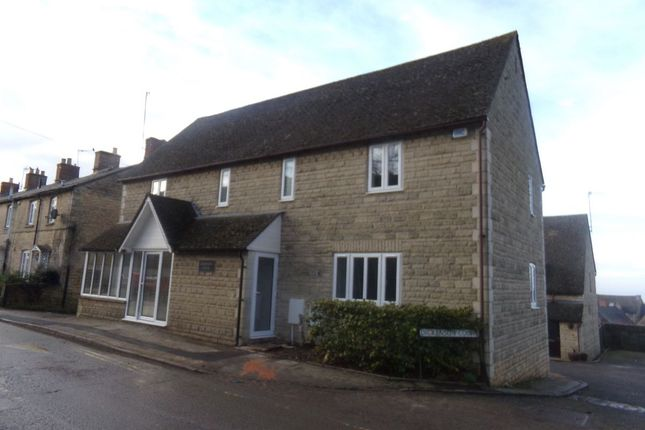 Thumbnail Maisonette to rent in Albion Street, Chipping Norton