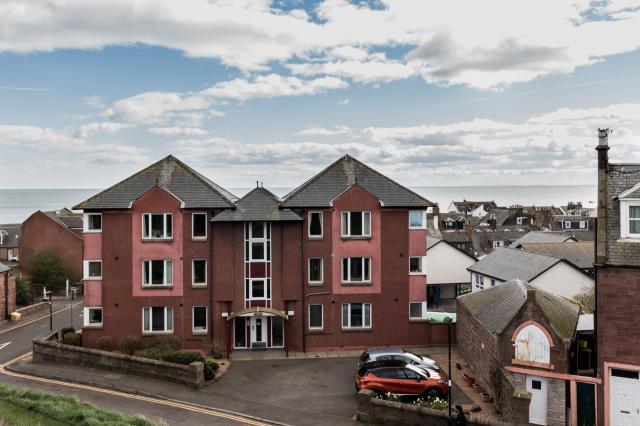 Thumbnail Flat to rent in Flat 8 9 Hill Road, Arbroath
